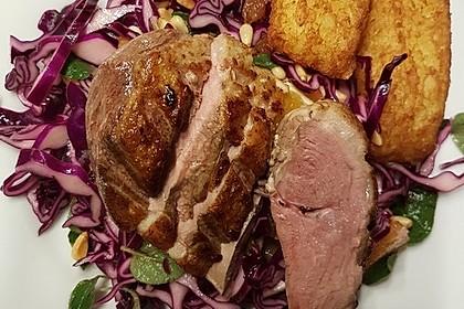 Orangen-Rotkohl-Salat mit Entenbrust und einer Balsamicoreduktion