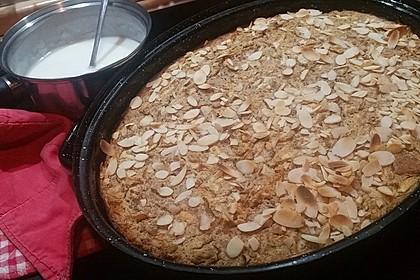 Süßer Hammerauflauf mit altem Brot und Äpfeln