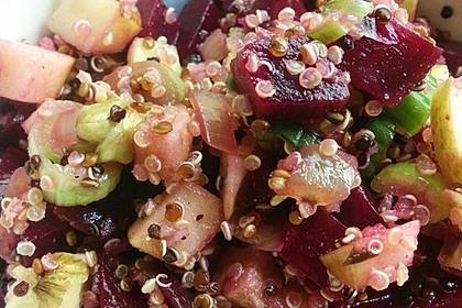 Winterlicher Salat mit Räuchertofu, Quinoa und roter Bete 1