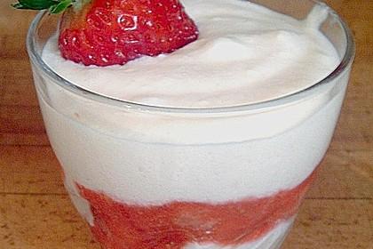 Erdbeer - Tiramisu im Glas 10
