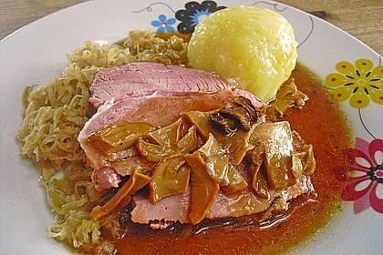 Pökelbraten mit Sauerkraut und Thüringer Klößen 2