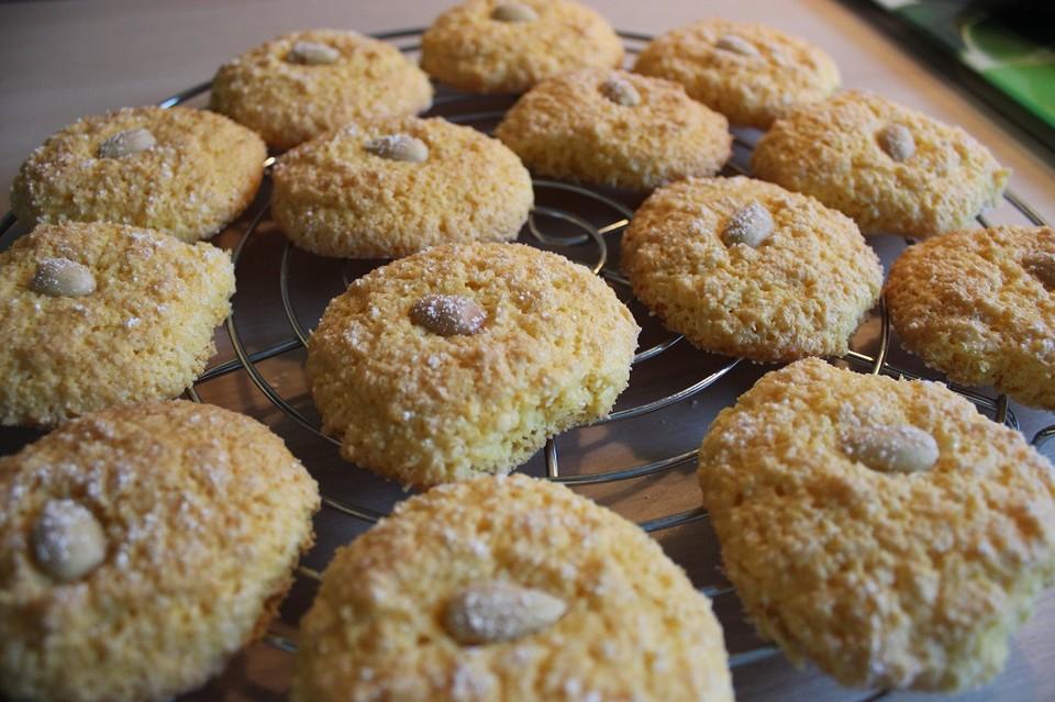 Plätzchen Mit Kokosraspeln : kekse aus maismehl mit kokosraspel von monikakao ~ A.2002-acura-tl-radio.info Haus und Dekorationen