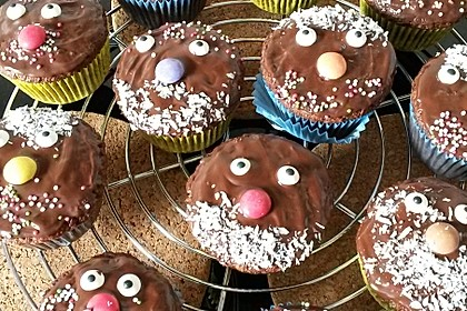 Schoko-Kokos Cupcakes mit Frischkäsetopping