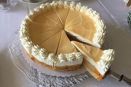 Birnen-Mandarinen-Eierlikör-Torte