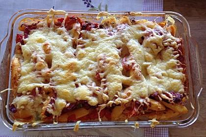 Schupfnudelauflauf mit Tomaten und Bacon überbacken 1
