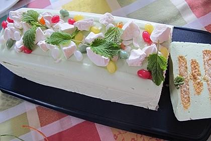 Holunderblüten-Limetten-Torte