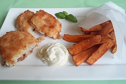 Fish 'n' Chips mit Rosmarin-Süßkartoffel-Pommes Frites (Bild)