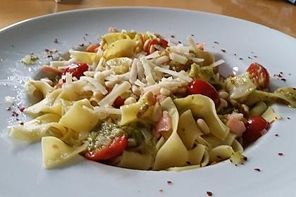 Pasta mit Avocadocreme 1