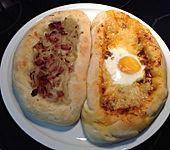 Chatschapuri mit Mozzarella und Hackfleisch