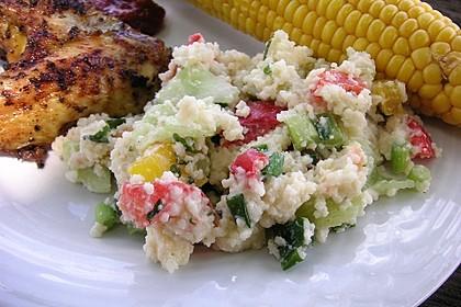 Couscous-Salat mit einer frischen Zitronen-Joghurt-Sauce 4