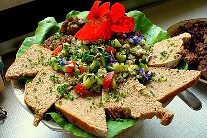 Lieblich-würziges Salat-Dressing à la Flores