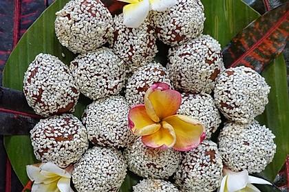 Würzige, karamellisierte Tofubällchen 'Balidream'