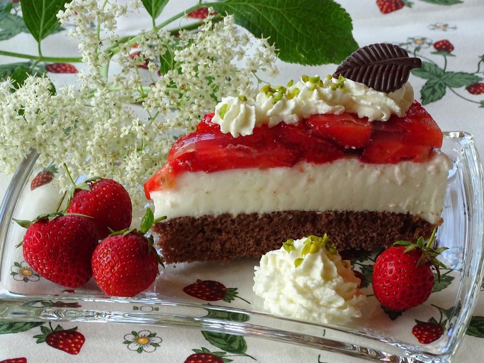 holunderbl tenmousse torte mit erdbeeren von holunderbluete67. Black Bedroom Furniture Sets. Home Design Ideas