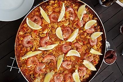 Paella mit Meeresfrüchten, Fisch und Geflügel nach Schnabulierer 3