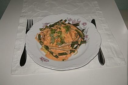 Tagliatelle in Frischkäse-Sahnesoße mit Bohnen
