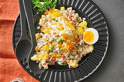 Olivjé - Kartoffelsalat mit Fleischwurst und Gemüse 2