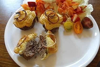 Hackfleisch-Muffins mit Kartoffelpüree-Haube 1