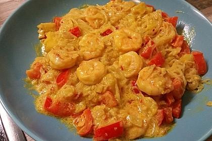 Garnelen-Curry mit Glasnudeln und Mango