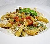 One Pot Pasta mit Zucchini, Tomaten und Parmesan