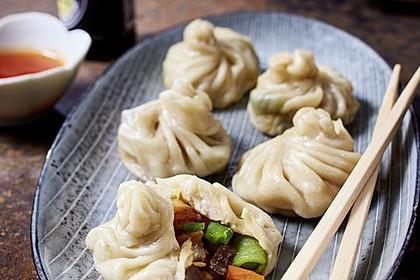 Dim-Sum – Gefüllte Teigtaschen mit Black Tiger Prawns und knackigem Asia-Gemüse
