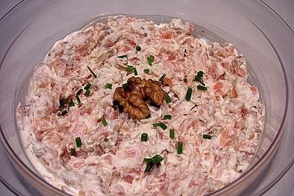 Brotaufstrich mit Räucherlachs und Walnüssen 3