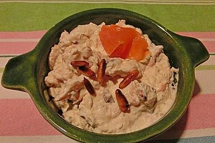 Brotaufstrich mit Räucherlachs und Walnüssen 10