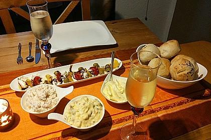Brotaufstrich mit Räucherlachs und Walnüssen 5