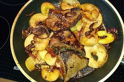Leber mit Äpfeln und Zwiebeln 10