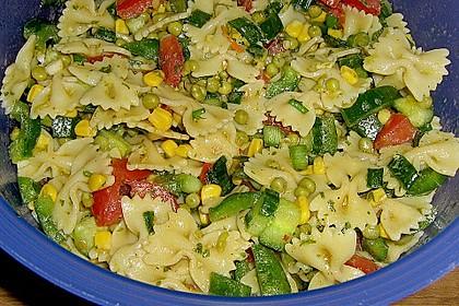 Sommerlicher Nudel - Gemüse - Salat 6