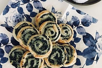 Spinat-Ricotta-Blätterteig-Schnecken