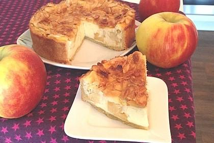 Apfel-Käsekuchen mit Bienenstich-Kruste