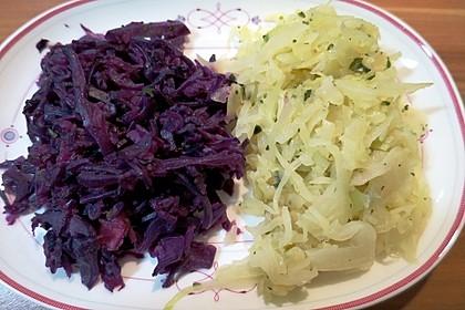 Lauwarmer Rot- oder Weißkohlsalat (Bild)