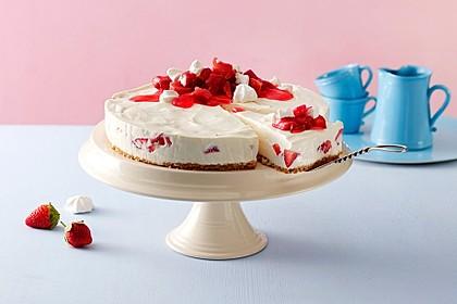 Philadelphia Torte Rhabarber-Erdbeer-Baiser