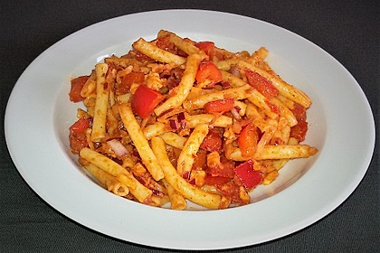 Mediterraner Spaghettisalat mit Pesto rosso 5