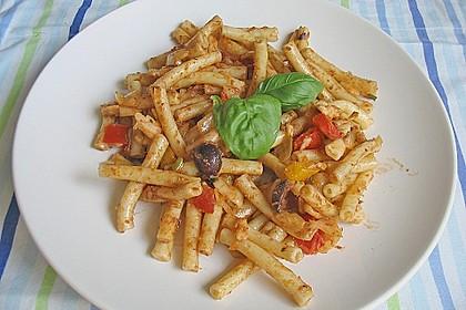 Mediterraner Spaghettisalat mit Pesto rosso 15