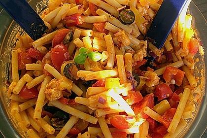 Mediterraner Spaghettisalat mit Pesto rosso 16