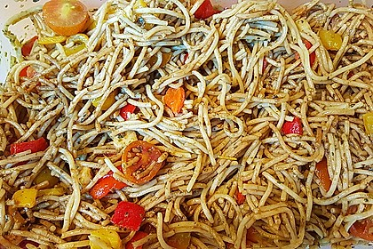 Mediterraner Spaghettisalat mit Pesto rosso 6