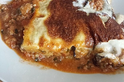 Moussaka mit Schafskäse - Bechamelsauce 12