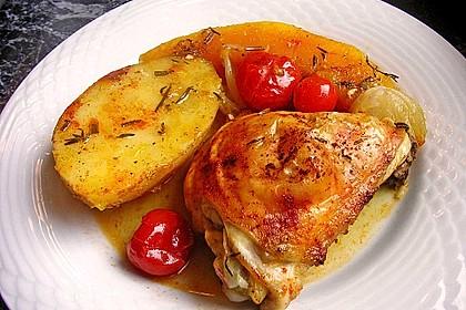 Hähnchenschenkel auf Kürbis aus dem Ofen