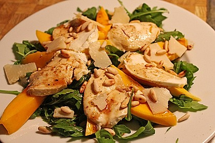 Mozzarella mit Mango und Rucola 1