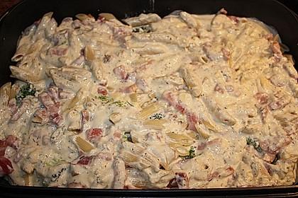 Brokkoli - Nudelauflauf mit Kräuter - Schmelzkäsesoße 31