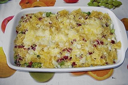 Brokkoli - Nudelauflauf mit Kräuter - Schmelzkäsesoße 35