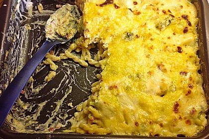 Brokkoli - Nudelauflauf mit Kräuter - Schmelzkäsesoße 49