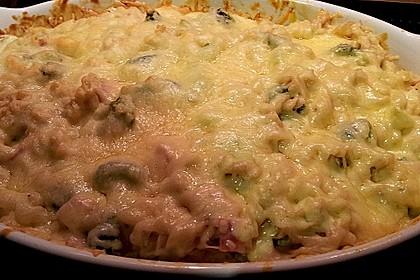 Brokkoli - Nudelauflauf mit Kräuter - Schmelzkäsesoße 51