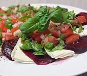 Rote Bete mit Mozzarella und Tomaten - Vinaigrette