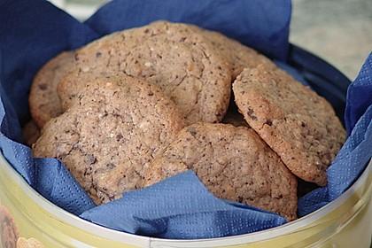 Cookies mit weißer und dunkler Schokolade und Nüssen (aus den USA) 16