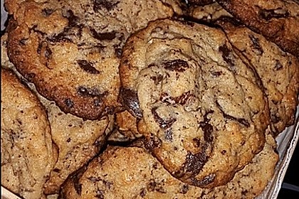 Cookies mit weißer und dunkler Schokolade und Nüssen (aus den USA) 19