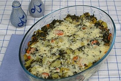 Grünkohlauflauf mit Kartoffeln und Möhren