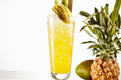 Bangkok Lemonade Bacardi-Cocktail mit Mango