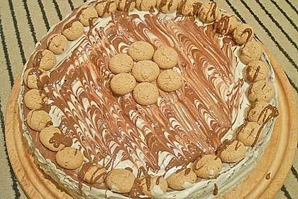 Schokoladen - Käse - Kuchen mit Amaretti 8